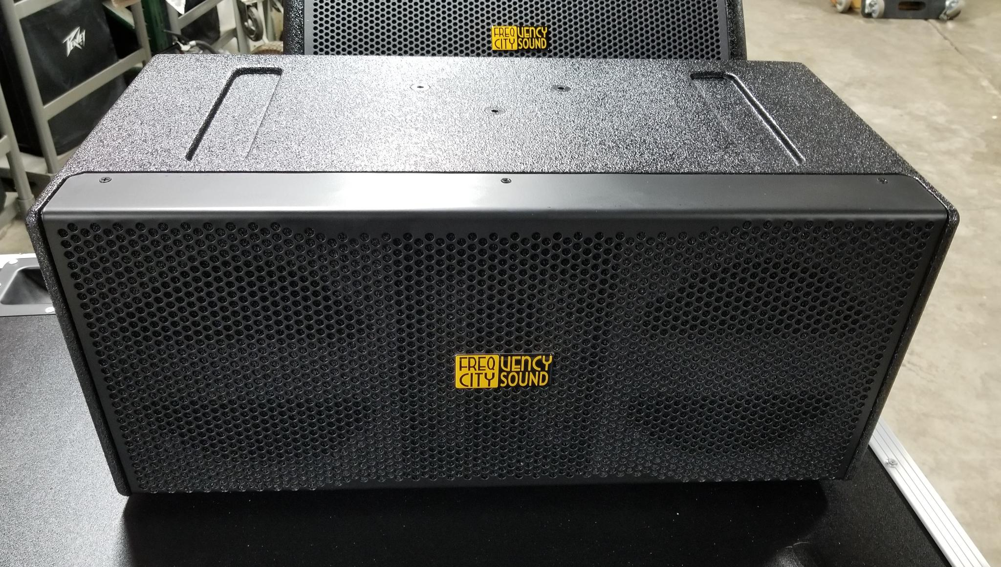 "FCS-LA802P ACTIVE CENTER FILL SPEAKER 2-8"" AND 1"" HORN"